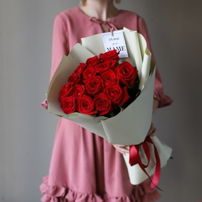 Send roses to Russia Moscow