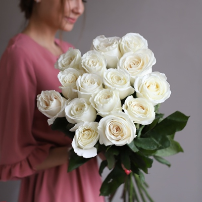 Roses delivery in Moscow Russia