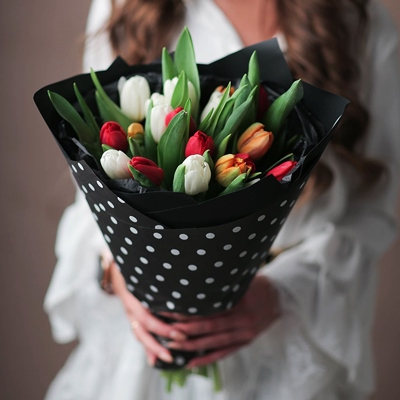 Tulip delivery in Moscow