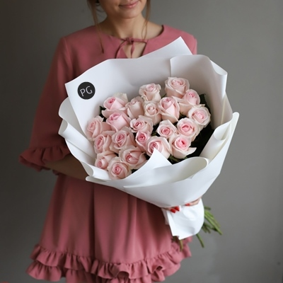 Roses delivery Moscow Russia