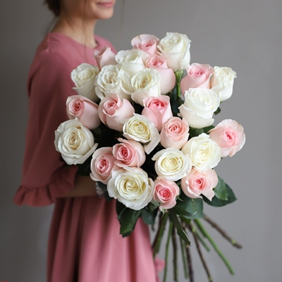 Roses delivery Russia Moscow