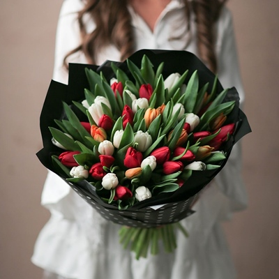 Tulip delivery Russia Moscow