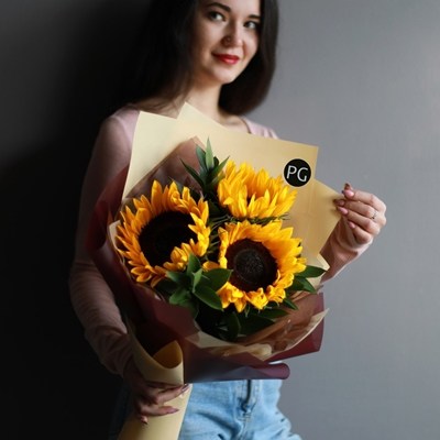 Sunflower delivery to Moscow