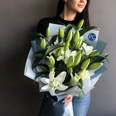 Lily delivery to Moscow