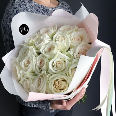 Peony rose delivery in Russia