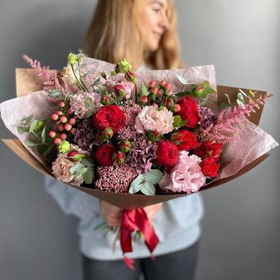 Flower arrangement for Moscow