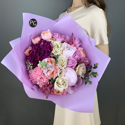 Flower bouquets for Russia