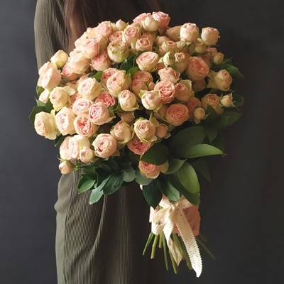 Peony delivery for Moscow Russia